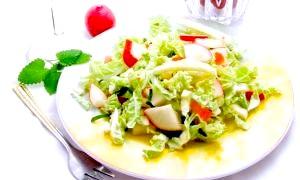 Прості салати на день народження - як швидко підготуватися до приходу гостей