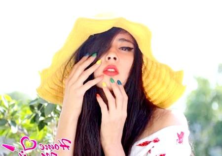 Райдужний манікюр - сонячне літо на ваших нігтях