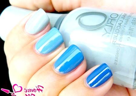 Фото - різнокольоровий манікюр омбре в синіх тонах