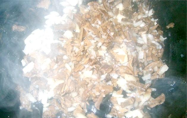 Фото - рулетики з курячого філе з грибами