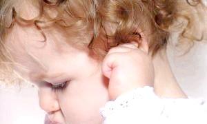 Блювота у дитини, що робити до приїзду медиків