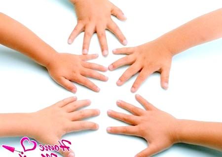 Фото - доглянуті дитячі руки