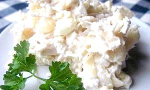 Салат з шампіньйонів і ананасів - найсмачніші рецепти