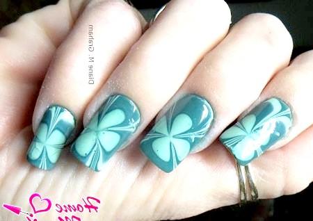 Фото - дизайн нігтів з конюшиною