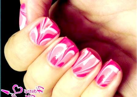 Фото - водний рожевий манікюр