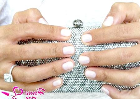 Фото - варіант весільного манікюр на короткі нігті