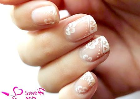 Фото - ніжні малюнки на нігтях пастельного кольору