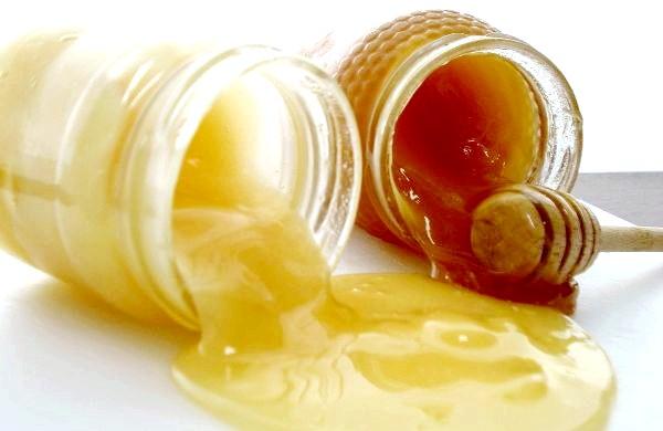 Фото - Кіпрейний білий мед і звичайний мед поруч