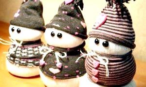 Сніговик з носка - м'яка іграшка до нового року