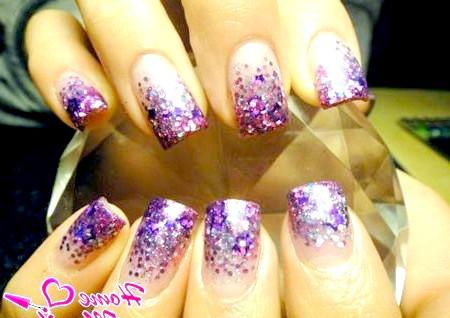 Фото - яскраві нігті в стилі диско