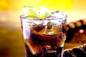 Фото - Темний ром, які є коктейлі. Фото з сайту caribies.narod.ru