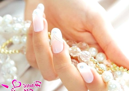 Тонкощі весільного нарощування нігтів