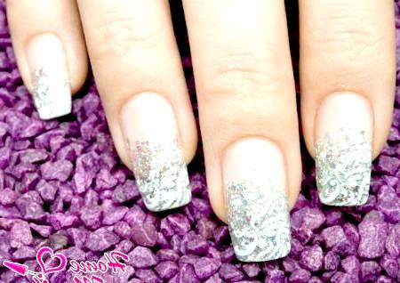 Фото - стильний дизайн нарощених нігтів на весілля