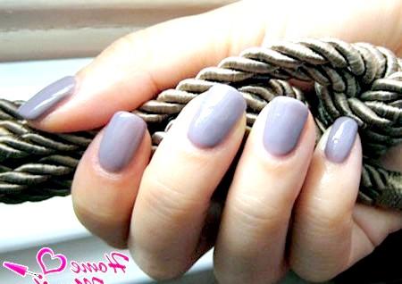 Фото - покриття нігтів біогелем асфальтового кольору