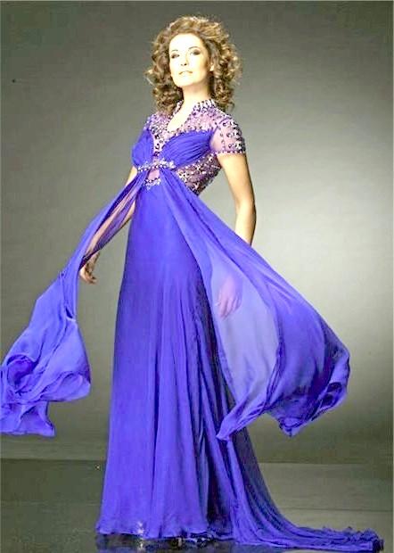 Фото - Синє плаття для новорічного вечора 2015