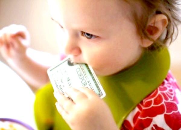 Фото - дитина з доларом