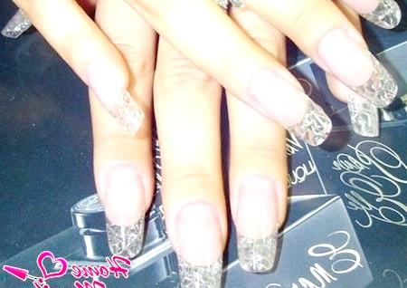 Фото - дизайн нігтів з кришталевим ефектом