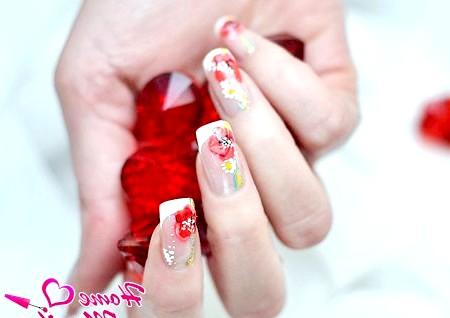 Фото - розкішний дизайн нарощених нігтів з квітами