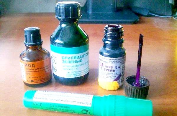 Фото - Зеленка, йод, фукорцин
