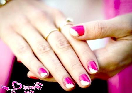 Фото - нестандартний варіант біло-рожевого френча
