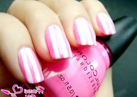 Фото - цукеркове поєднання білого і рожевого в манікюрі
