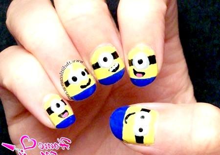 Фото - міньйон на коротких нігтях