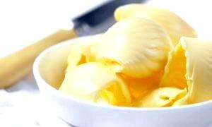 Чим відрізняється маргарин від масла: чи варто економити на цих продуктах