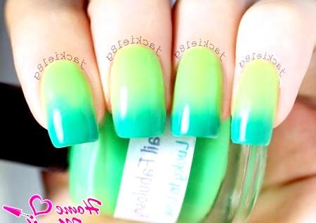 Фото - лак хамелеон в зелених тонах на нігтях