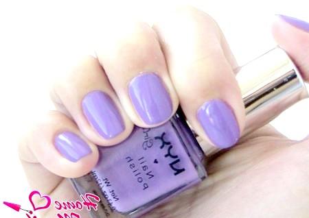 Фото - манікюр з модним фіолетовим відтінком на нігтях