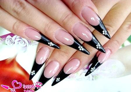 Фото - розкішний чорний френч на довгих нарощених нігтях