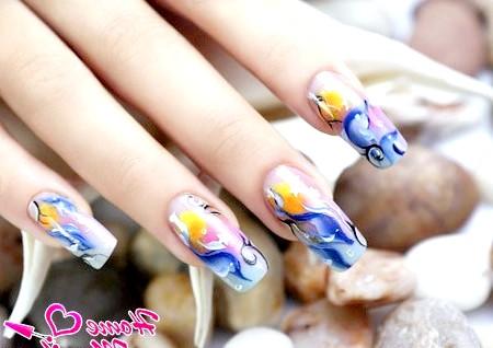 Художній розпис нігтів акриловими фарбами