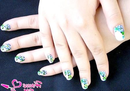 Фото - квіткові малюнки на нігтях акриловими фарбами