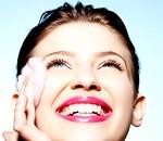 Фото - очищення обличчя лосьйонами