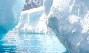 Що таять у собі підлідні озера Антарктиди?
