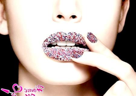 Фото - дизайн нігтів з бульонкамі