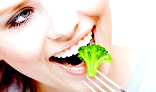 Фото - Брокколі має виражену овочевим смаком, її можна їсти навіть в сирому вигляді