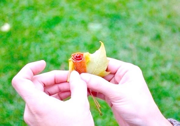 Фото - Як зробити троянду з осіннього листя майстер-клас 4