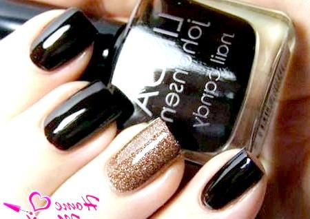 Фото - темно-коричневі квадратні нігті