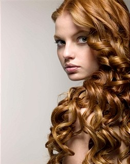 Фото - догляд за кучерявим волоссям